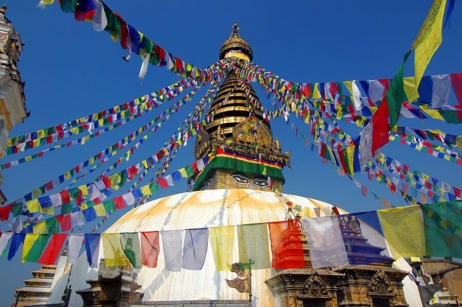banderes-oracions-stupa-kathmandu-nepal