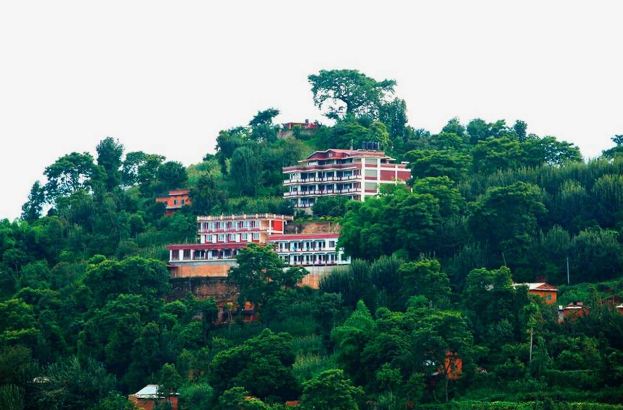 «Arya Tara», una escola a Nepal